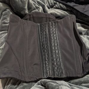 M - Belly Bandit Mother Tucker Corset